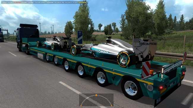 mercedes-amg-petronas-in-traffic-1-36_1